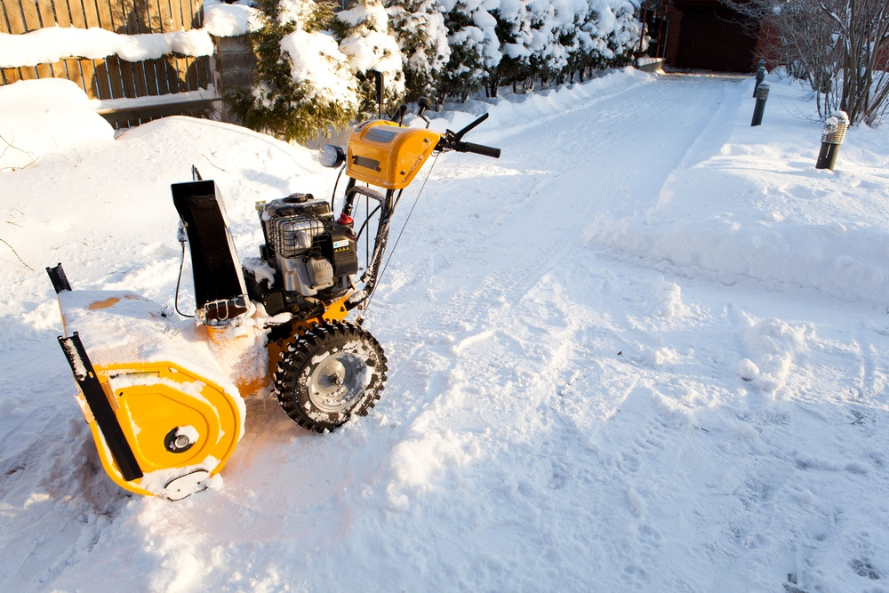 How To Drain Gas From Snow Blower