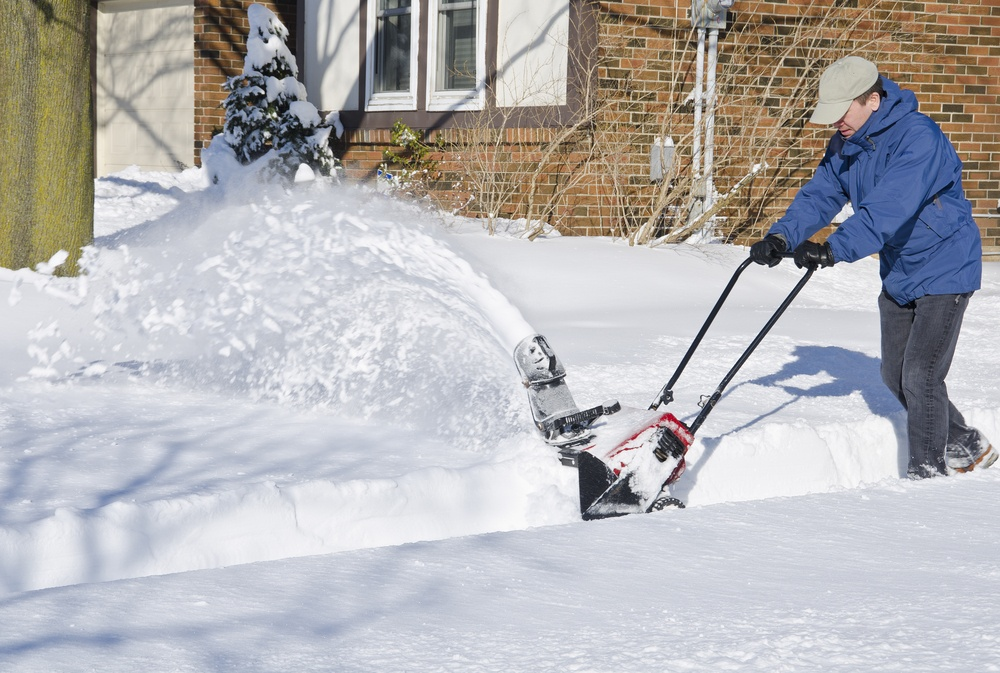 snow thrower vs snowblower