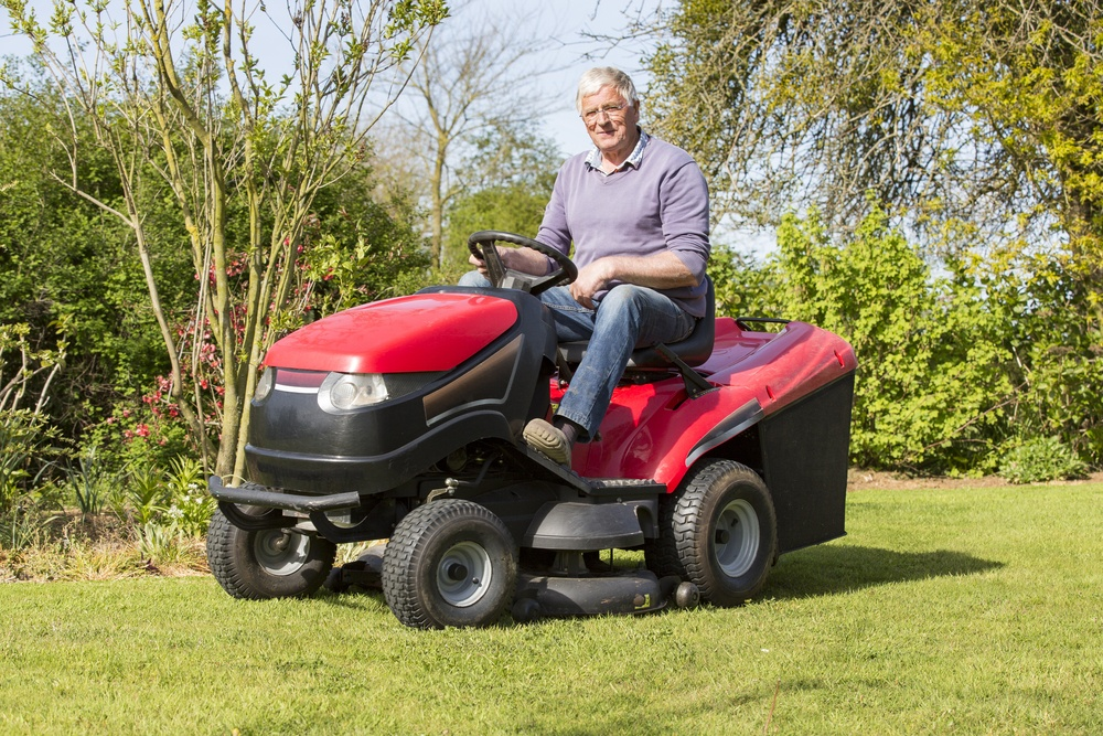 Battle Of The Best Lawn Tractor For Snow Removal
