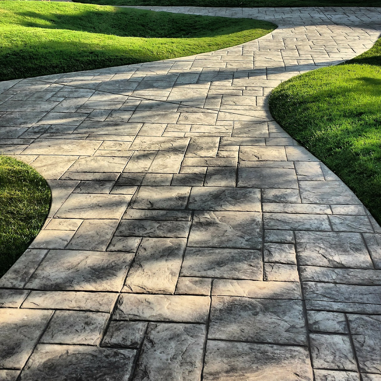 Garden path ideas: Paver Garden Path