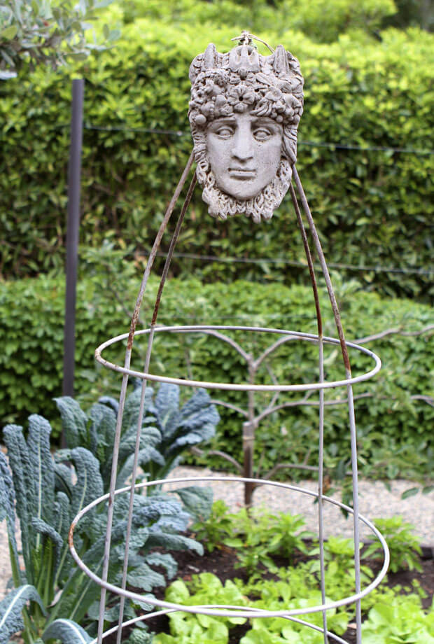 Sculpture Look DIY Trellis