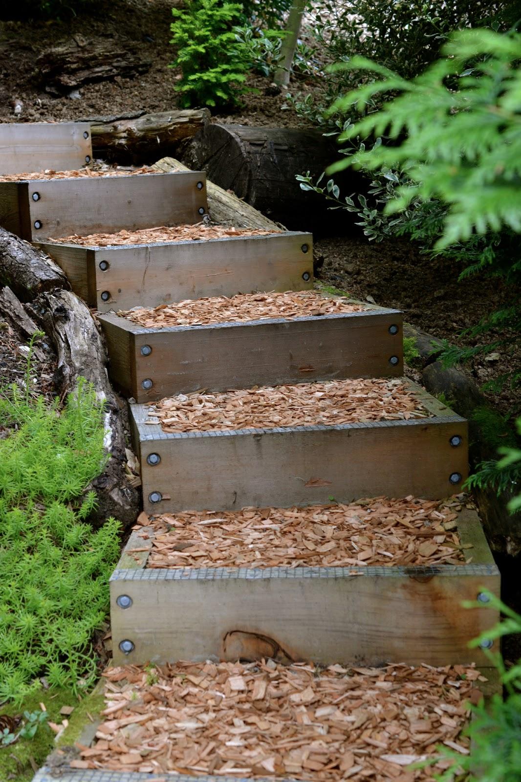 23 Creative Garden Stair Ideas To Style Up Your Hillside Landscape
