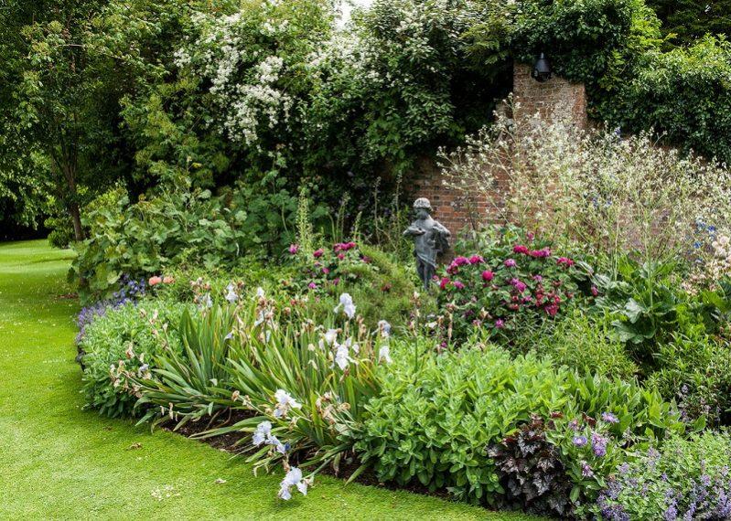 creating border gardens